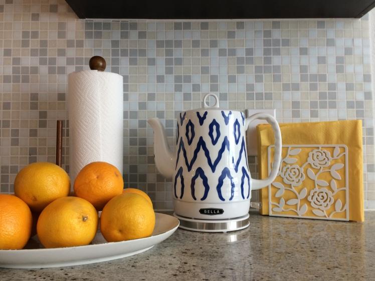 blue & yellow kitchen