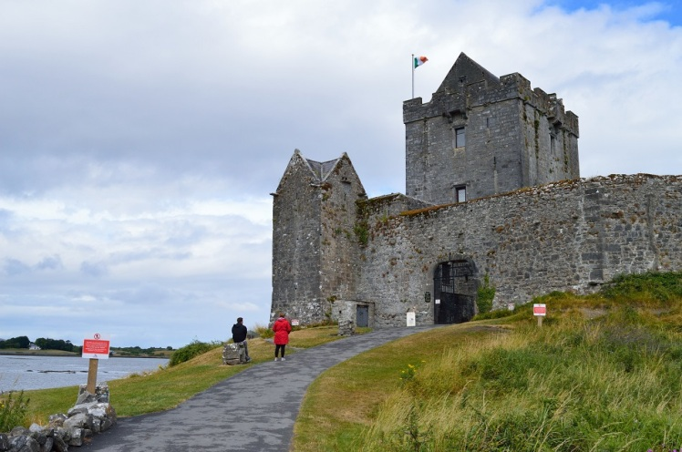 Dunguaire Castle2