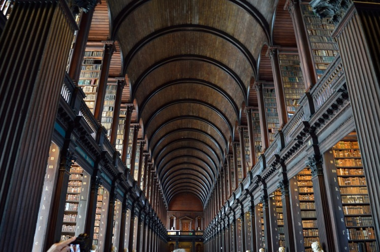 Ire_Trinity College Library1