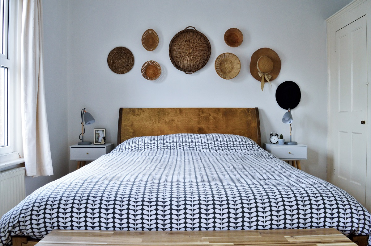 Bedroom Warren Eveans bed with basket gallery wall